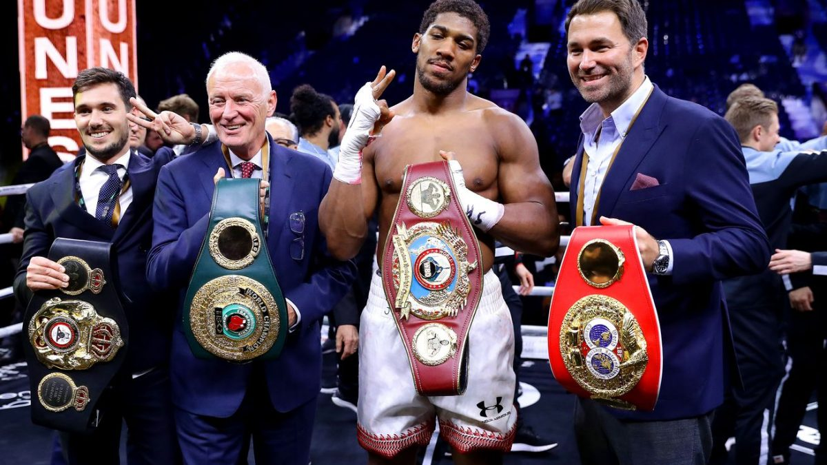 Hearn: It's 'laughable' to rate Fury's resume over Joshua's