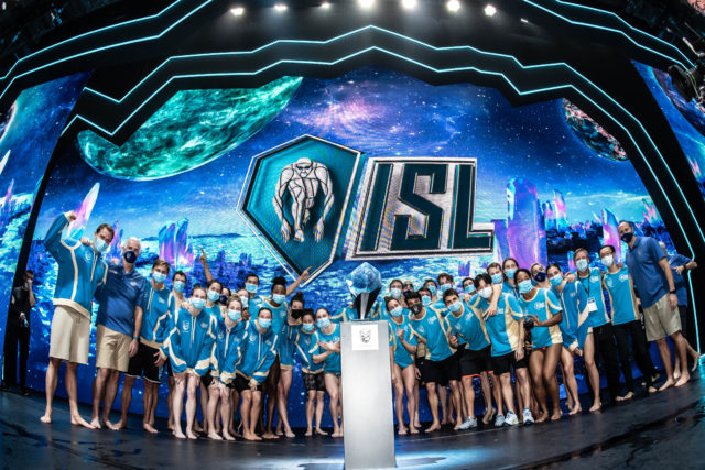 Jackpot Points, Non-Freestyle Skins, Teamwork: 4 Storylines From the ISL Final
